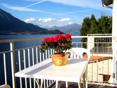 apartment la traviata lake view