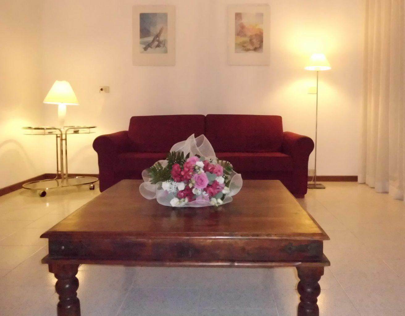 bellagio apartments aida sofa