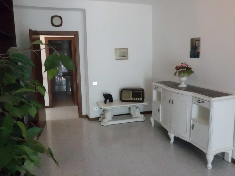 bellagio apartments aida white
