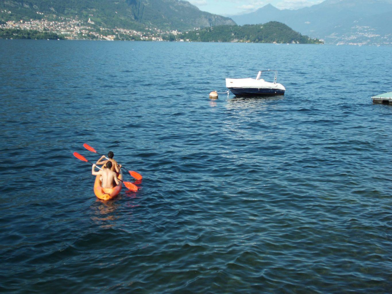 villa bellini lake kayaks
