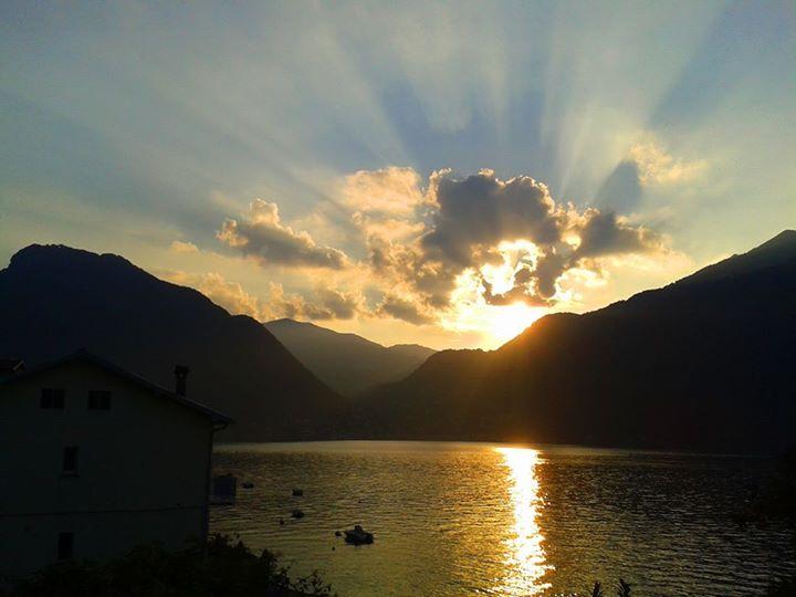 villa bellini sunset
