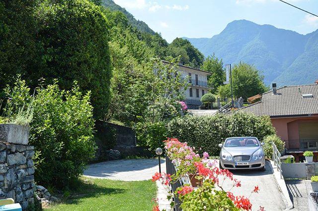 villa verdi flower parking bentley