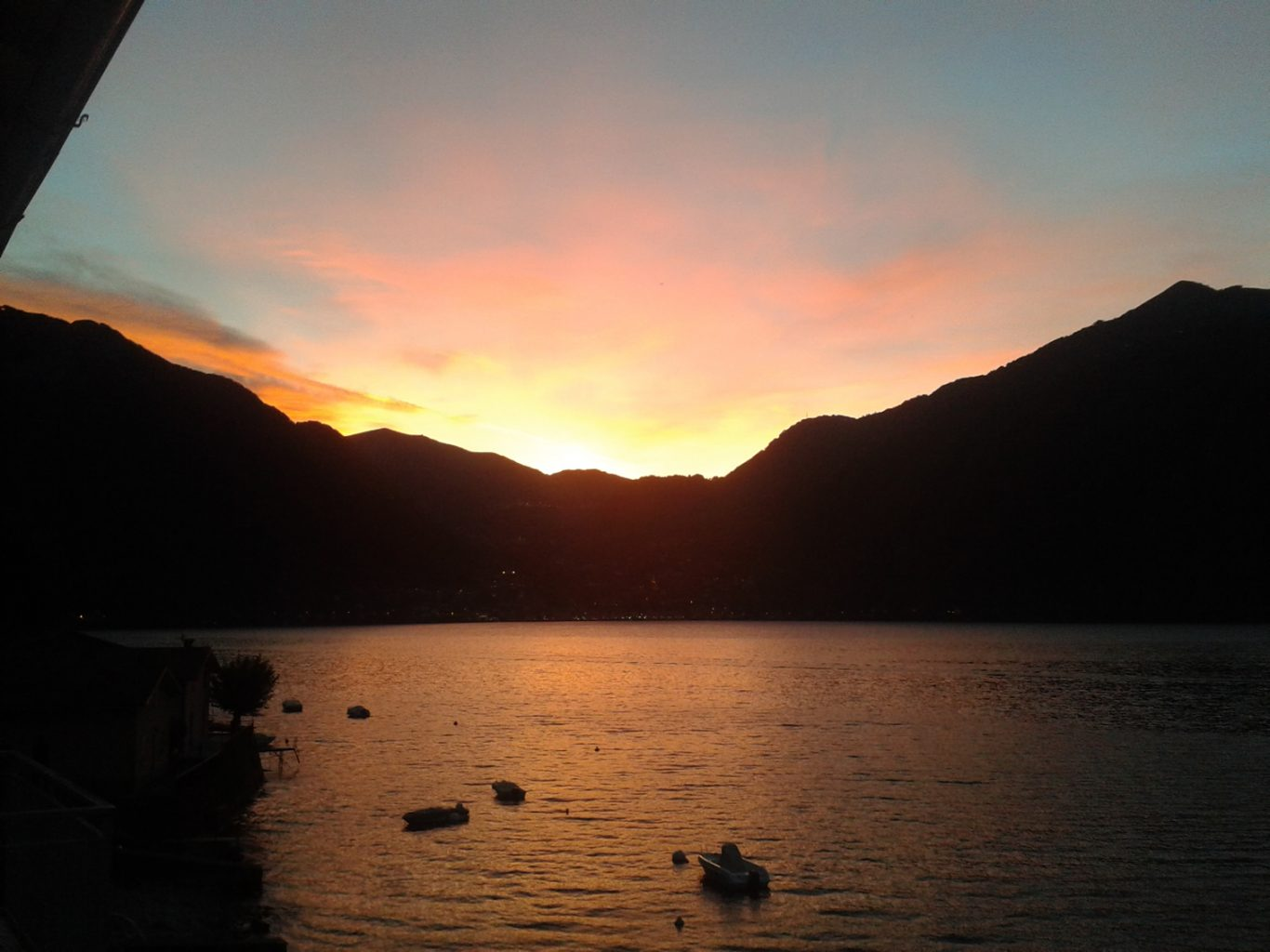 villa verdi sunset view