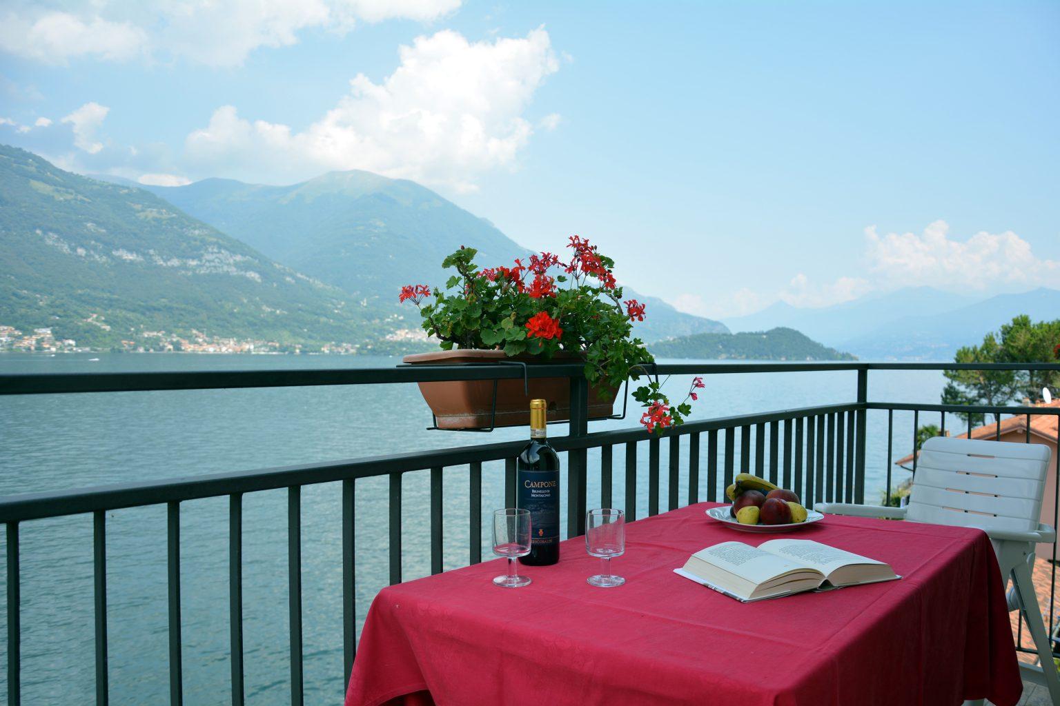 apartment norma balcony on the lake bellagio