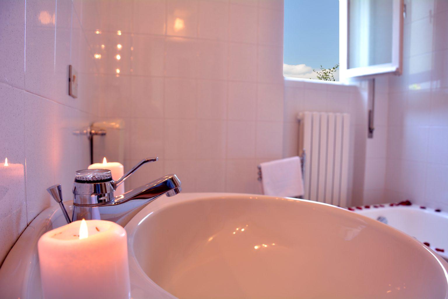bellagio apartment aida bathroom first