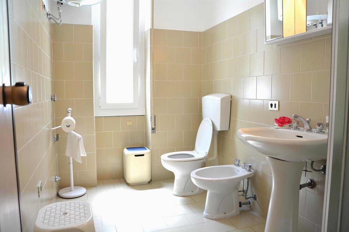 bellagio apartment bellagio villas il trovatore bathroom