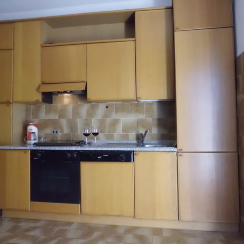 apartment il trovatore kitchen