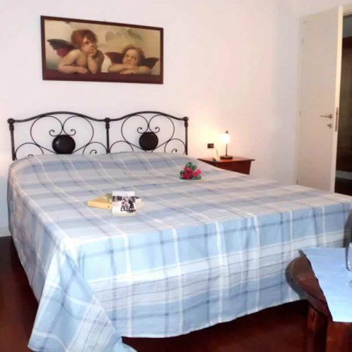 apartment bellagio historia double bed