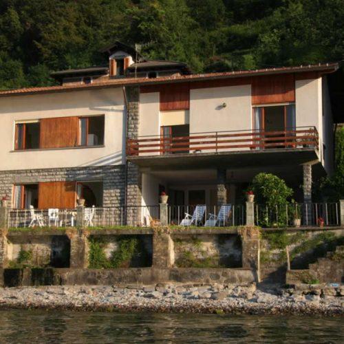 villa italia waterfront villa puccini