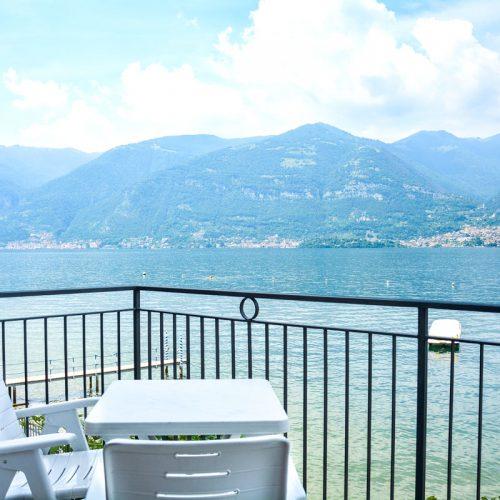 italian lakes holidays turandot apartment balcony como.fw