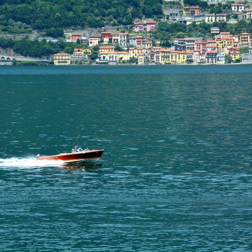 bellagio-villas-motorboat.jpg